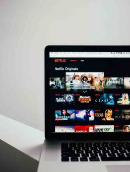 shows where you can learn about marketing on Netflix