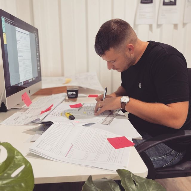 Getting the job done!⁠ ⁠ #mediashark #tech #business #innovation #entrepreneur #design #inspiration #startups #motivation #engineering #mobileapps #appdevelopment #mobileappdevelopment #uxdesign #softwaredevelopment #appdesign #uitrends #uidesign #goldcoastagency #goldcoast #burleighheads #officevibes #burleigh #goldcoaster #gclivin #aussiebusiness #australianbusiness #whitelabelapps ⁠